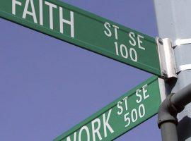 A lei do Estado laico também vale para as empresas?